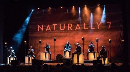 Vocal Play technisch in Szene gesetzt - Naturally 7 touren mit Cameo Light und Gravity durch Deutschland