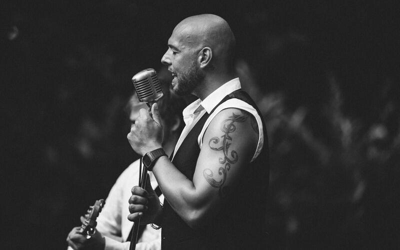 """""""Mein Plan B"""": Interview mit Neo Marks, Songwriter und Hochzeitssänger"""