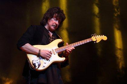 Long Live Rock'n'Roll - Gitarrenikone: Livebilder von Ritchie Blackmore's Rainbow im Velodrom Berlin