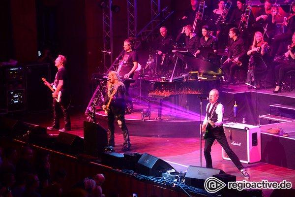 Abendfüllend - Live-Fotos von Rock Meets Classic im Rosengarten Mannheim