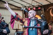 Mit Dudelsäcken: Bilder von Tanzwut live auf dem Spectaculum Worms
