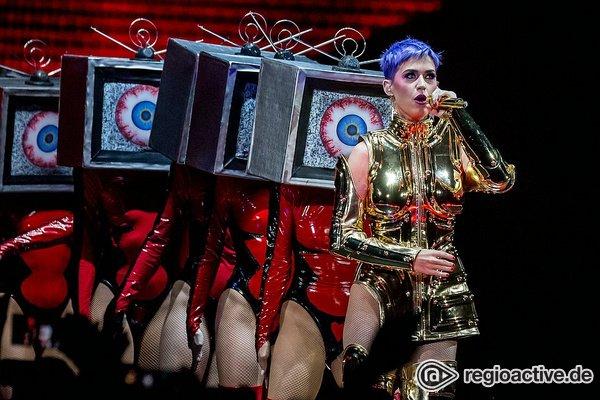 Knalliges Popspektakel - Katy Perry zeigt in Köln alte Stärken und eine neue Seite