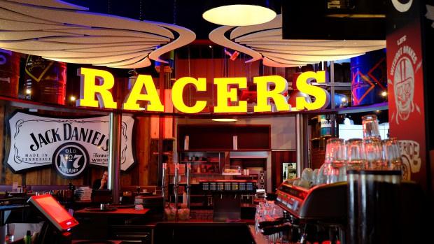 RACER'S Café und Restaurant setzt auf Komplettbeschallung von LD Systems
