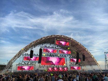 Open-Air-Festivals locken immer wieder tausende Besucher an - Die richtige Ausrüstung für den Festivalsommer 2018