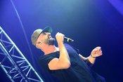 Zum Wohlfühlen: Live-Bilder von Gentleman beim Zeltfestival Rhein-Neckar