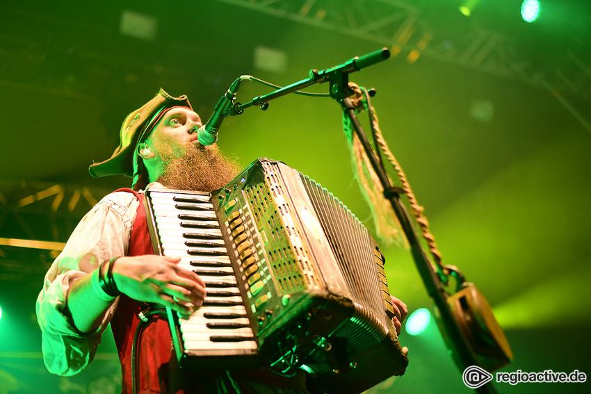 Mr. Hurley & die Pulveraffen (live in Mannheim, 2018)