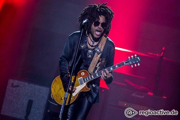 Mit Stil - Lenny Kravitz: Bilder des Rockstars live in der Frankfurter Festhalle
