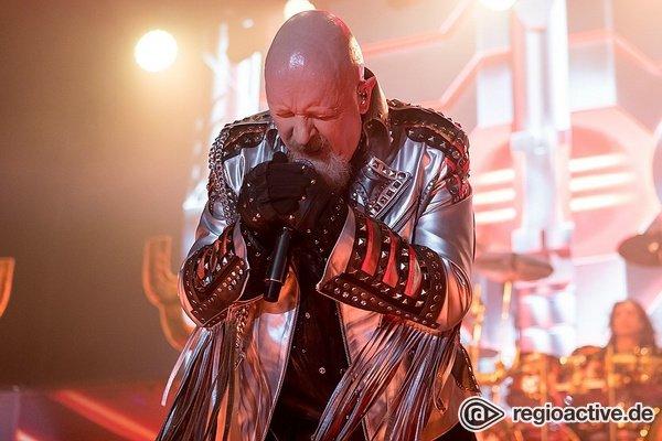 Feuern aus allen Rohren - Judas Priest verwandeln das Zeltfestival in Mannheim in eine Metal-Sauna-Party