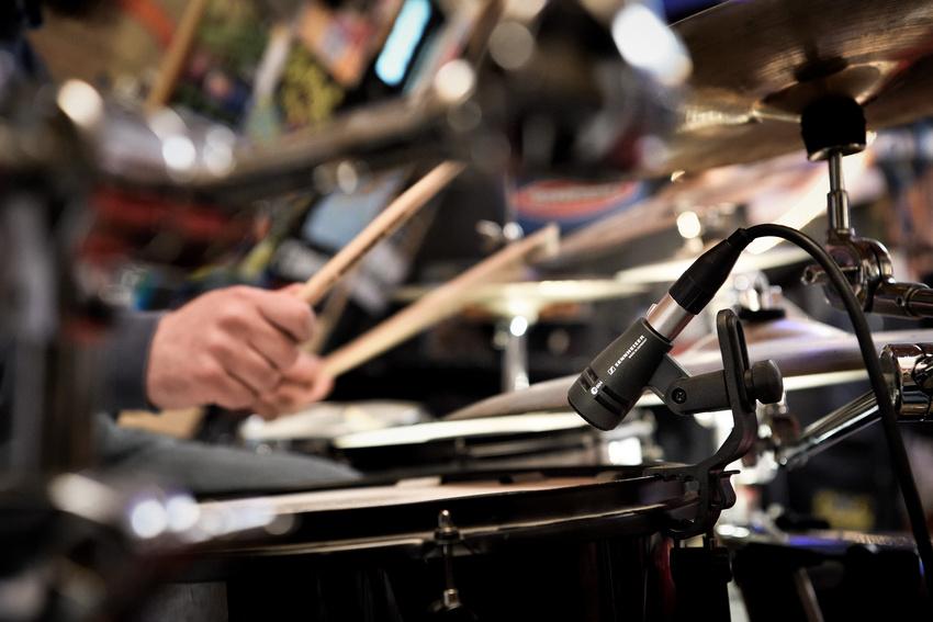 Drei Tipps für das e 604 von Sennheiser, die den Sound an Tom und Snare verbessern