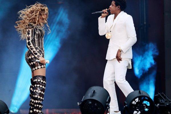 Inszenierung einer großen Liebe - Jay-Z und Beyoncé präsentieren sich im Berliner Olympiastadion als Megaduo