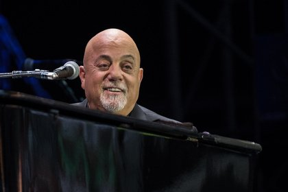 Momente voller Emotionen - Billy Joel begeistert im Hamburger Volksparkstadion Fans jeden Alters