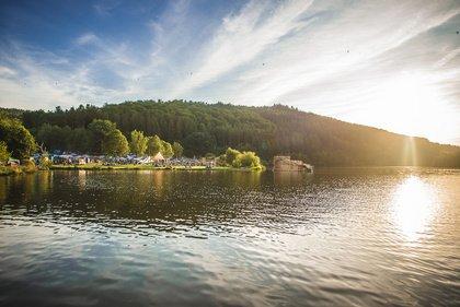 Ab in den Wald - Sound of the Forest Festival 2018: Bilderbuch kommen in den Wald