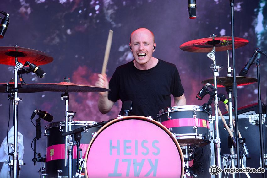 Heisskalt (live beim Happiness Festival, 2018)