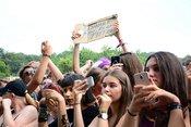 Gut drauf: Bilder von Ufo361 live beim Happiness Festival 2018
