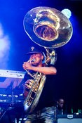 Rhythmisches Feuerwerk: Fotos von The Roots live im Kölner Tanzbrunnen