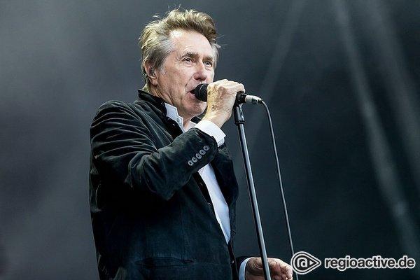 Lost in technology - Bryan Ferrys Konzert in Mainz stellt die Zuschauer vor Rätsel