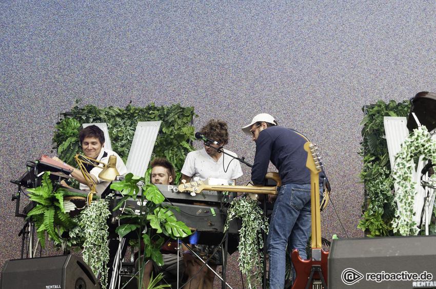 Von Wegen Lisbeth (live beim Deichbrand Festival 2018)