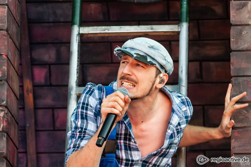 Alligatoah (live beim Deichbrand Festival 2018)