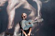 Indie-Rock: Fotos der Editors live beim Deichbrand Festival 2018