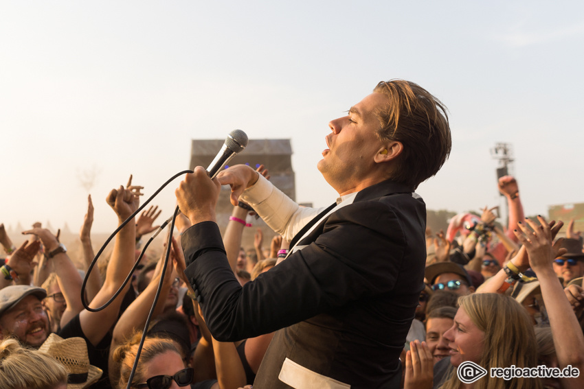 The Hives (live beim Deichbrand Festival 2018)