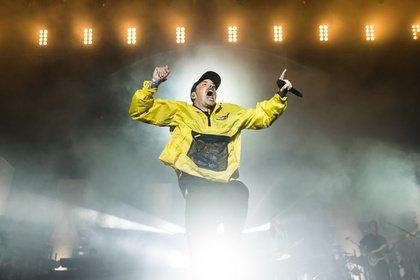 Rebell-Rapper - Mit Sprungkraft: Live-Bilder von Casper beim Deichbrand Festival 2018