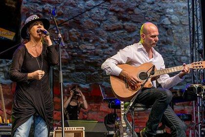 Virtuos - Live-Fotos von MichelAngelou & Friends als Support der Gipsy Kings in Alzey