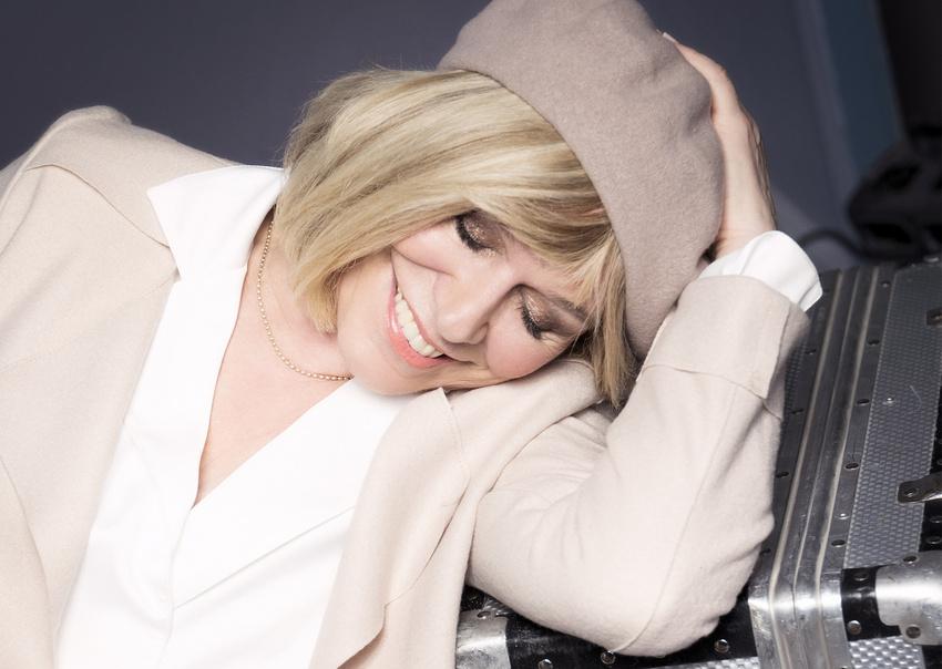 """Schlagerikone - Mary Roos 2018/2019 auf großer """"Abenteuer Unvernunft""""-Tour"""