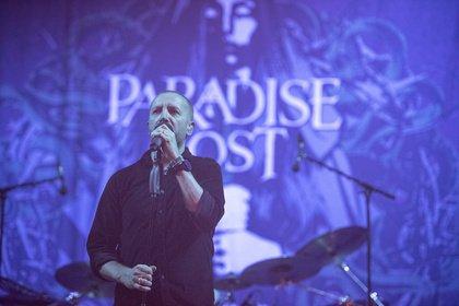 Wenig kontrastreich - Paradise Lost: Live-Bilder der Engländer beim Summer Breeze 2018