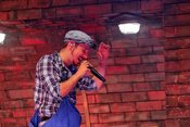 Ruhige, freche Töne: Alligatoah live auf dem Highfield 2018