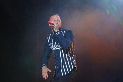 Rap vor Rock - Kontra K stößt Rammstein vom ersten Platz der deutschen Album-Charts
