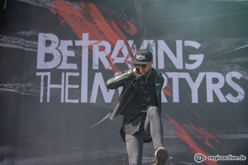 Betraying The Martyrs (live beim Summer Breeze 2018)