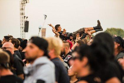 Das Nacken-Bootcamp geht zu Ende - Party-Finale: Impressionen vom Samstag beim Summer Breeze 2018