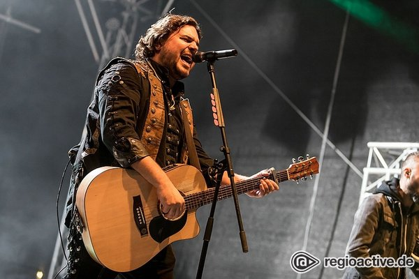 Kosmopolitisch - Paddy and the Rats: Live-Bilder der Ungarn beim Rock im Hinterland 2018