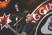 Flogging Molly: Live-Bilder der Folk-Punker beim City Riot Fest in Wiesbaden