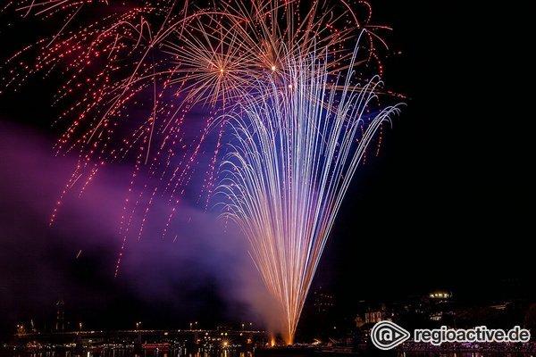 Bang boom bang - Imposant: Bilder des großen Feuerwerks beim Museumsuferfest in Frankfurt 2018