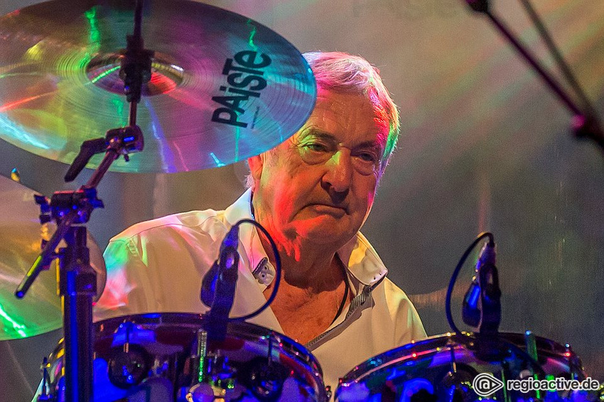 Nick Mason's Saucerful Of Secrets (live in Stuttgart 2018)