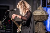 Kratzig: Bilder von Lion live beim Reeperbahn Festival 2018