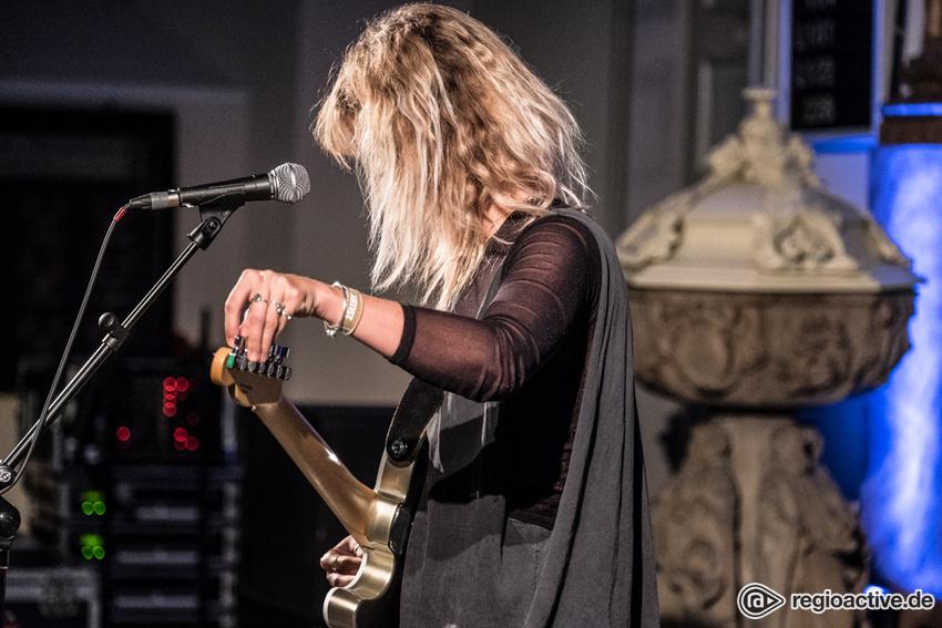 LION (live in Hamburg, 2018)