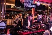 Euphorisch: Live-Bilder von Me & Reas beim Reeperbahn Festival 2018