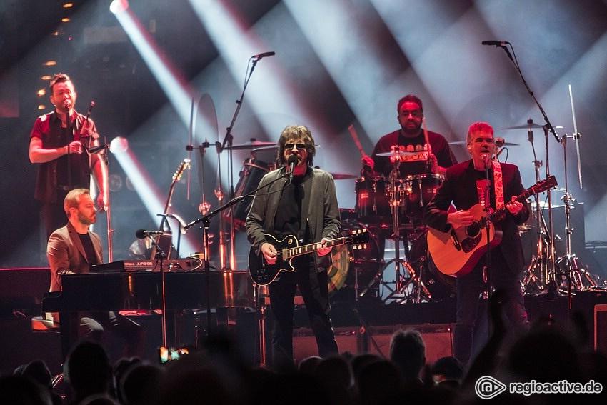 Große Erwartungen - Groß: Fotos von Jeff Lynne's ELO live in der SAP Arena Mannheim