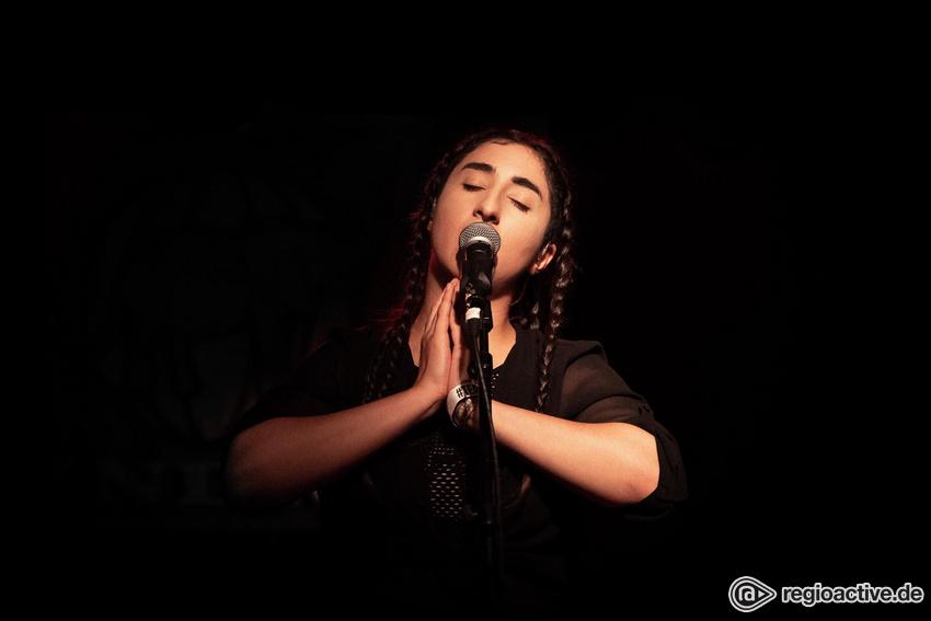 Madanii (live beim Reeperbahn Festival 2018)