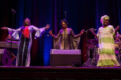 Aus allen Teilen Afrikas - Les Amazones d'Afrique: Bilder des Eröffnungskonzerts von Enjoy Jazz 2018 in Heidelberg