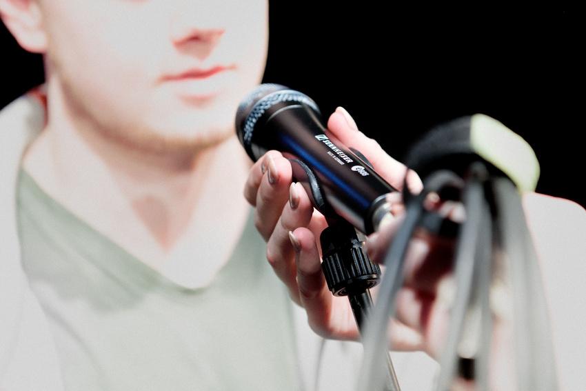 Mehr Präsenz und Klarheit für Vocals mit dem e 935 von Sennheiser und diesen Tipps