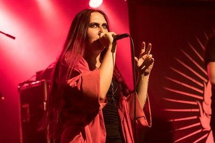 Düster und atmosphärisch - Ignea: Live-Fotos der Ukrainer bei der Female Metal Voices Tour 2018 in Mannheim