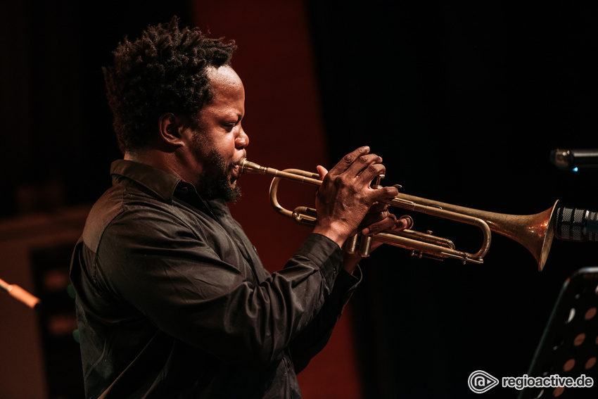Ambrose Akinmusire (Enjoy Jazz in Ludwigshafen, 2018)