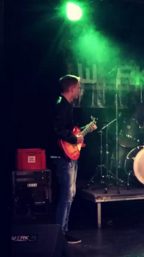 Berlin: Gitarrist sucht Band - Pop, Rock, Alternative