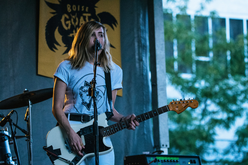 Gitarristinnen machen 50% der Gitarrenverkäufe in den USA und UK aus