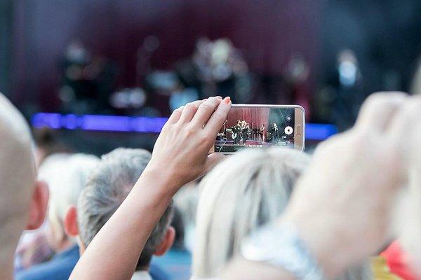 Konzert-Knigge - Ihr habt abgestimmt: Das nervt bei anderen Konzertbesuchern am meisten