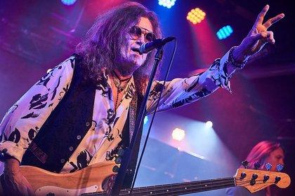 Soul und Funk in Deep Purple - Glenn Hughes taucht das Musiktheater REX Bensheim in ein tiefes Purpurrot