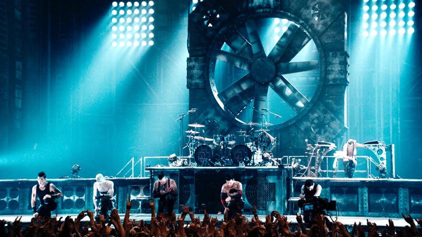 Rammsteins Europatour 2019: So befeuerte die Band den Hype